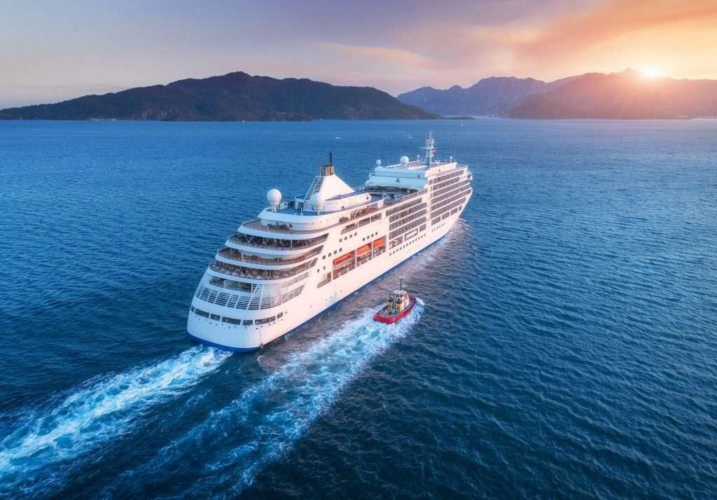 cruise ship travels