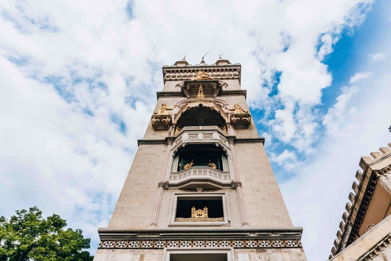 bell towerr of Messina