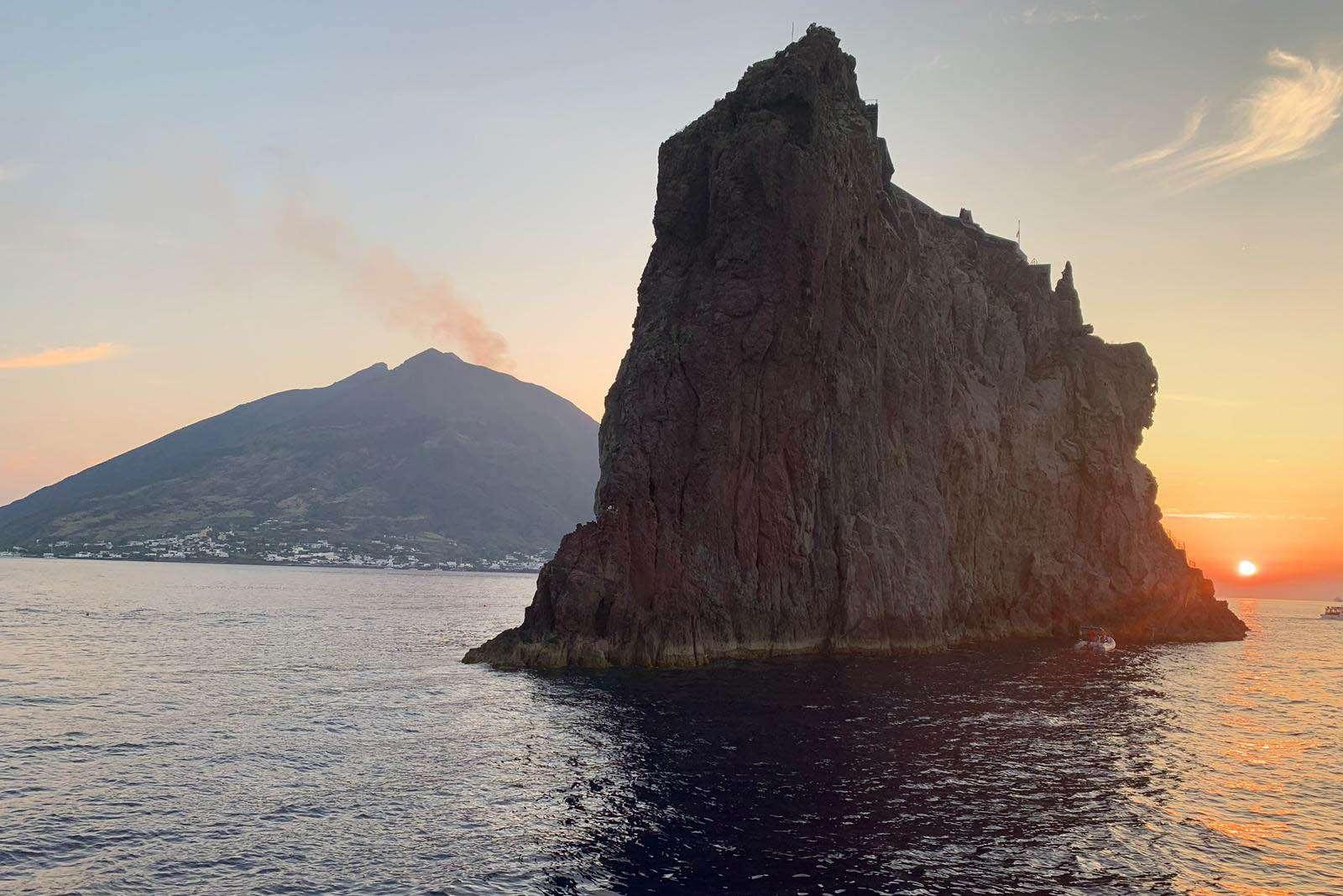 Day trip to Aeolian Islands: Panarea and Stromboli tour