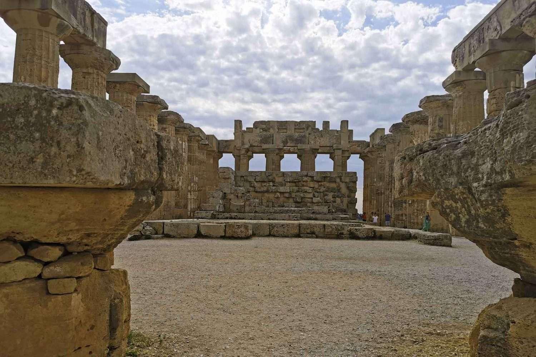 Sicilian holidays selinunte temple