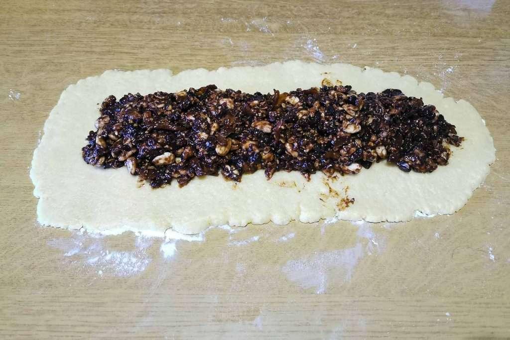 preparation of buccellati cookies