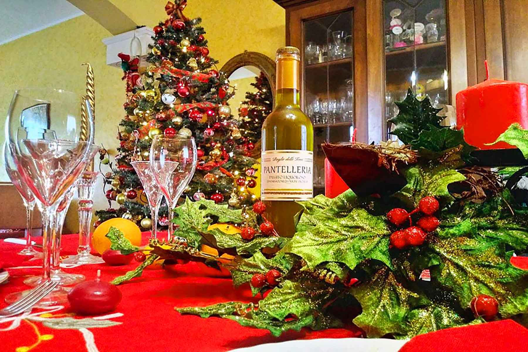 Sicily Christmas table