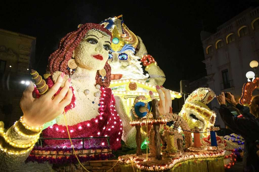 Acireale Carnival floats