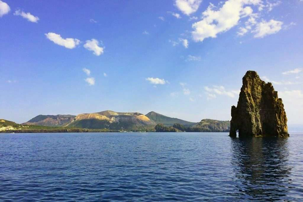 aeolian islands boat tour lipari and vulcano